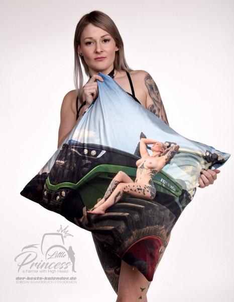 Fan Kissen 60 x 60 cm - LittlePrincess Hedi Motiv FELD/HIMMEL